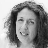 Roxane Agnew-Davies